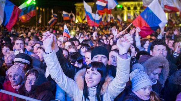 crimea-referendum-celebrate