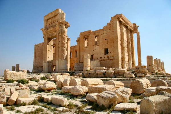 Temple_of_Bel_in_Palmyra-e1460385240632