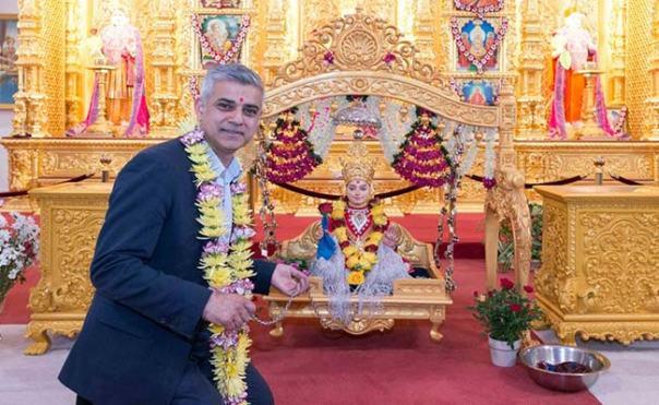 london-mayor-at-temple_650x400_61463216059