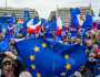 """Una fondazione di Soros chiede di intensificare la """"guerra"""" alla Polonia altrimenti """"l'Europa non sopravvivera`"""""""