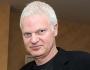 Steve Bing, produttore di Hollywood e amico di Jeffrey Epstein muore dopo essere caduto da unpalazzo